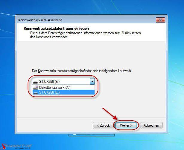 09-Windows-7-Kennwortruecksetz-Assistent-Ruecksetzdatentraeger-einlegen-470.jpg