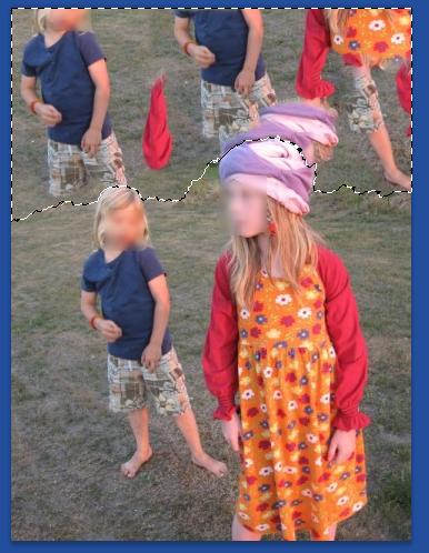 03-Photoshop-Inhaltssensitives-Fuellen-erstes-Ergebnis.png