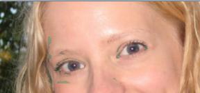 05-Paint.NET-rote-Augen-Effekte-rote-Augen-entfernen-erstes-Ergebnis-mit-blauen-Fehlern.png