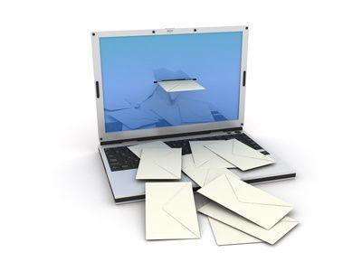 04-Gefahren-im-E-Mail-Verkehr-mailflut-symbolbild-200.jpg?nocache=1321890740709