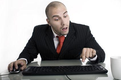 03-Betrug-mit-Online-Shops-So-schuetzen-Sie-sich-Symbolbild-dummer-nutzer-200.jpg?nocache=1322645119977