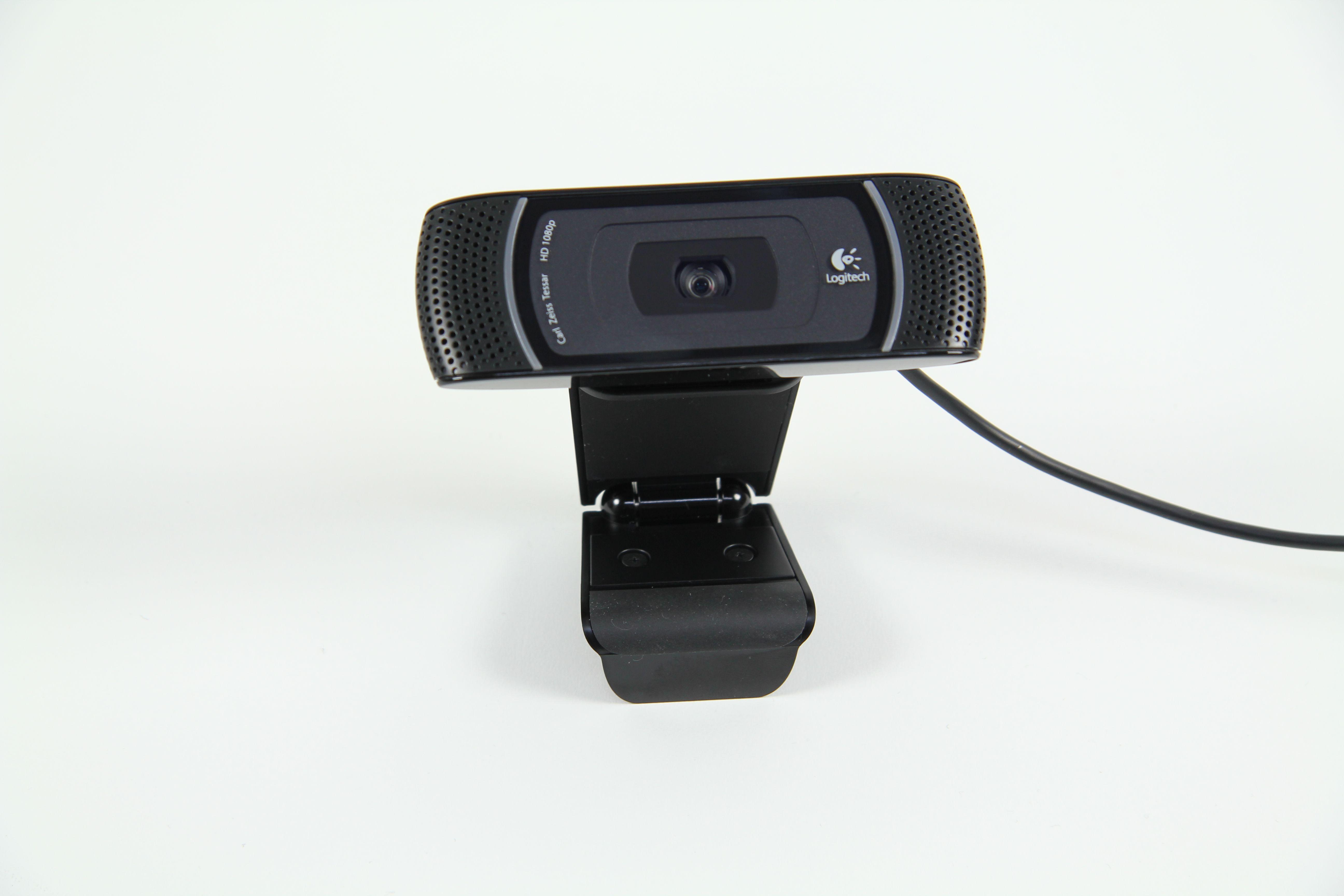01-Supportnet-testet-Die-Logitech-HD-Pro-Webcam-c910-mit-Video-Kamera-470.JPG?nocache=1324305070599